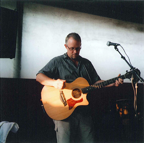 Dave Wilt is a soulful guitar player